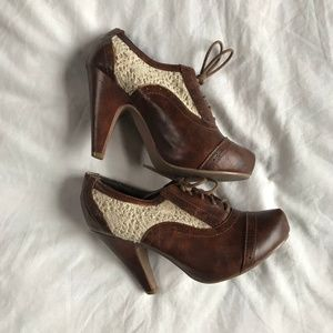 Not Rated - Women's Closed-toed Heals
